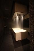 Hamamas su masažiniu dušu