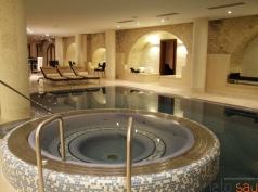 "Sūkurinė vonia, ""Kempinski Hotel Cathedral Square"""