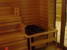 3 - 5 Sauna, Forum Palace.jpg